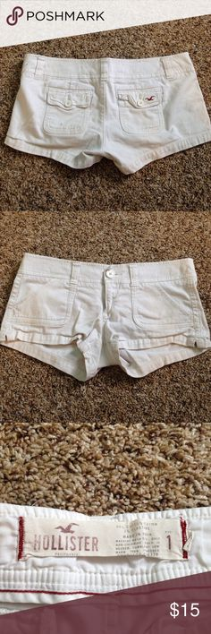 Hollister Booty/ Cargo shorts size 1 Definitely worn, but no rips, tears, or stains. Good condition. White Hollister Booty/ Cargo shorts. These fit me and i'm a size 6 in shorts. Which is about a 27/28 Hollister Shorts