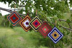 Coisas da Léia: Arte em pega panelas de crochê