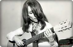 File:Fairuz playing the guitar. Old Photos, Vintage Photos, Love Letter To Her, Divas, Woman Singing, Egyptian Actress, Arabian Beauty, Guitar Girl, Mixed Emotions
