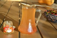 Mi is az a sült tea? Hurricane Glass, Smoothie, Recipies, Food And Drink, Tableware, Coffee, Drinks, Sink, Tips