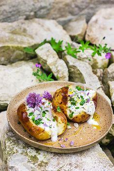 Pommes de terre pour le barbecue Vegan Recipes, Vegan Food, Healthy Food, Bento, Summer Recipes, Avocado Toast, Camembert Cheese, Cooking, Breakfast