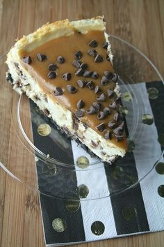 Salted Caramel Chocolate Chip Cheesecake - 14 Dainty Cheesecake Recipe Ideas for a Truly Sweet Gathering