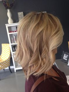 The Neutral with the beige blond by giving highlights ans low lights up to the function and style have a vary unique and complete look with shorter length hairs