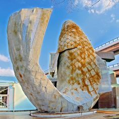 Image result for FRANK GEHRY FISH