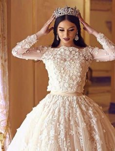 Wedding Dresses, lovely gorgeous pin styling 9327579933 - Elegant and unique wedding gown inspirations. Need more incredible pointers, check out the pin today. Arabic Wedding Dresses, Modest Wedding Gowns, Dream Wedding Dresses, Bridal Dresses, Gala Dresses, Evening Dresses, Beautiful Bride, Beautiful Dresses, Mode Ootd