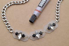 studs and pearls: swarovski elements diy: Rhinestone Trio Necklace