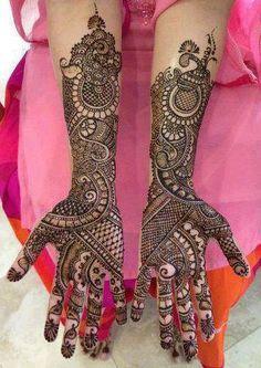 Top Classy Eid Mehndi Designs 2015 http://clothingpk.blogspot.com/2015/07/top-classy-eid-mehndi-designs.html