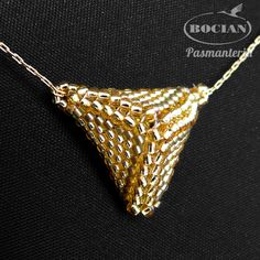 wisiorek-piramidka-201510IS