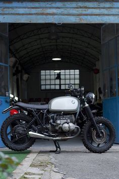 collectori:  BMW caferacer airhead by Café Twin