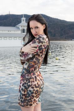 Animalprint dress by Ana Alcazar Location: Wörthersee – #Lookbook #dress #minidress #animalprint