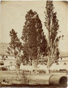 Chiostro di S. Maria degli Angeli trasformata in caserma Datazione: [1889?]