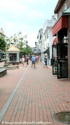 Shopping at the Washington Street Mall in Cape May New Jersey