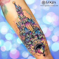 Disney castle, Lilian Raya