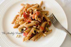 Spicy Pasta Puttanesca – The Healthy Version Pasta Puttanesca, Spicy Pasta, Kalamata Olives, Pasta Salad, Roast, Spices, Dinner, Healthy, Ethnic Recipes