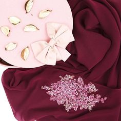 Beautiful instant shawl from @annaandrose.co . Any purple lovers here?  #shawl #beads #gorgeous #bridesmaid #annaandrose x #hanabella Anna Rose, Professional Wear, Shawl, Ruffle Blouse, Lovers, Bridesmaid, Beads, Purple, How To Wear