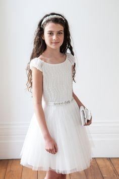 Dress 3126L Hair 3608L  Bag 3633L – W