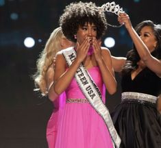 """""""In Miss America, Miss Teen USA, Miss USA, and Miss Universe are all Black women. Excuse us, we're getting emotional. 😍😥(📷: Getty/ Miss USA)"""" Miss Teen Usa, Miss Usa, Brown Skin Girls, Miss America, Miss World, Beauty Pageant, Michelle Obama, Beauty Queens, Beautiful Black Women"""