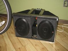 Picture of 12 volt bicycle trailer stereo system
