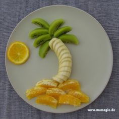 Sommerlicher SnacK: Palme aus Obst / Summer snack: fruit palm tree