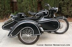 BEAUTIFUL SERIOUS BUSINESS. LIKE THE FENDER WHOOSH. ______ BMW R26 and an L200 Steib sidecar