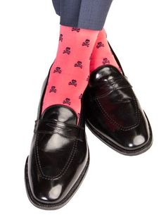 Dapper Classics Coral with Navy Skull and Crossbone Cotton Linked Toe Sock