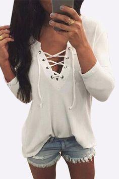 V Neck Lace Up Front T-shirt en blanco