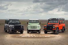 2015 kommt das Aus für den legendären Land Rover Defender. Vor dem Produktionsende kommen von Land Rover noch drei exklusive Sondermodelle des Kult-Offroaders.