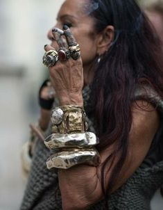 Michelle Lamy - Love everything about this pic! Esp her bracelets