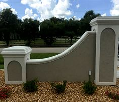 Brick Columns Driveway, Boundary Walls, House Signs, Faux Brick, Fence Design, Home Projects, Gates, Condo, Traditional