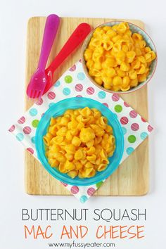 Healthy Meals For Kids Sneak some veggies into your kids meal with this delicious Butternut Squash Mac and Cheese recipe. Great for toddlers and baby weaning too! Butternut Squash Mac And Cheese Recipe, Baby Mac And Cheese Recipe, Butternut Squash Baby Food, Baby Squash, Squash Recipe, Fingerfood Baby, Baby Finger Foods, Baby Foods, Baby Meals