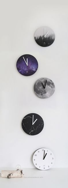 Check it out Look at this beauty! The Round Nature Clock is a super simple wall clock that's sure to liven up any room! It comes in a variety of beautiful nature inspired designs that will  ..