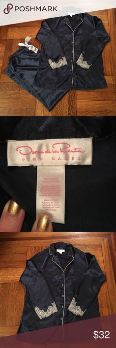 Pretty Oscar De La Renta PJs / lounge wear, S Worn and washed just once or twice. Great condition. Navy with white trim and lace in the top. Bottoms are wide leg with elastic waist and pretty grey drawstring ribbon. Ladies small Oscar de la Renta Intimates & Sleepwear Pajamas