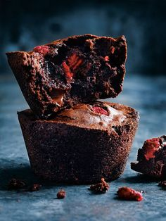 fudgy chocoate puddings with raspberries | donna hay