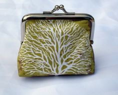 :) Tree print coin purse