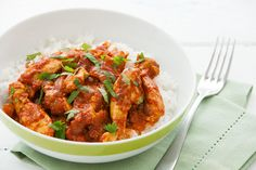 Find out what's fresh in season at Countdown and be inspired with our great selection of recipes, helpful tips and growers stories. Low Carb Recipes, Diet Recipes, Chicken Recipes, Cooking Recipes, Low Fat Chicken Curry, Easy Student Meals, Quick Meals, Healthy Dinners, Budget Meals