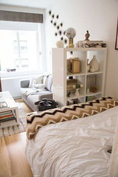 ♡ Home ♡ Custom Cornice Minimalist Window Treatments Buying The Right Type Of Mens Watches Apart fro Studio Apartment Living, Studio Apartment Layout, Studio Apartment Decorating, Studio Living, First Apartment, Apartment Interior, Bedroom Apartment, Bedroom Decor, Minimalist Studio Apartment