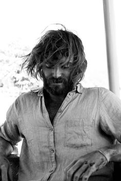 Angus Stone is literally the sexiest homeless-looking person I've ever seen. <- agreed