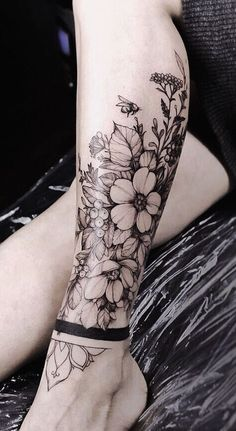 Gorgeous And Stunning Ankle Floral Tattoo Ideas For Your Inspiration; - Gorgeous And Stunning Ankle Floral Tattoo Ideas For Your Inspiration; Ankle Tattoos Ideas for Women; Tattoo Bein Frau, Tattoos Bein, Top Tattoos, Body Art Tattoos, Tatoos, Tattoo Drawings, Best Leg Tattoos, Arabic Tattoos, Neck Tattoos