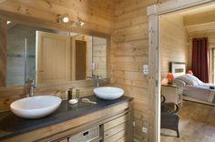 Honka Blockhaus Modell Esquibien Badezimmer
