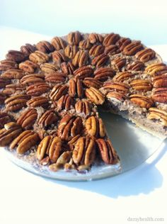 Check out my Raw Pecan Pie (Vegan & GF) Recipe. This recipe is raw, vegan, gluten free, 3 steps, simple to make and is the best raw pecan pie out there! Raw Vegan Desserts, Paleo Sweets, Raw Vegan Recipes, Paleo Dessert, Healthy Desserts, Dessert Recipes, Cooking Recipes, Vegan Raw, Paleo Food