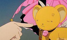 Kero-chan bites Syaoran-kun.