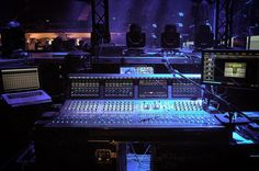 VENUE | S6L con Eddie El Brujo Caipo Ingeniero de sala Enrique Iglesias Sex and Love Tour #AvidEverywhere #SonidoEnVivo #VENUE #S6L