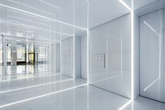 Glass office SOHO China, Shanghai / AIM Architecture