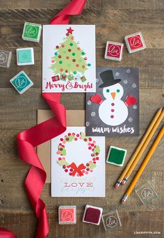 Make your own super-cute handmade Holiday card set with these gorgeous printable patterns by handcrafted lifestyle expert Lia Griffith.