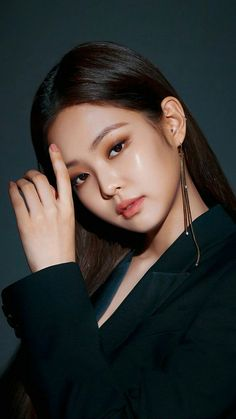 Kim Jennie, Blackpink Members, Black Pink Kpop, Blackpink Photos, Blackpink Fashion, Blackpink Jisoo, Kpop Girls, Asian Girl, Makeup Looks