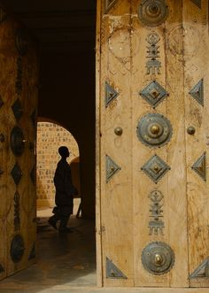 Doorway to Artisans Market, Kidal, Mali | © Chris Greenwood