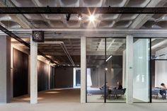Gallery - AGO Office HQ / Steven Vandenborre architects - 10