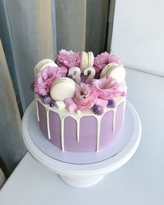 14 Pasteles que me pondrían gordita pero feliz cake decorating recipes anniversaire chocolat de paques cakes ideas Cupcake Birthday Cake, Birthday Cakes For Women, Birthday Cake Decorating, Cupcake Cakes, Card Birthday, Birthday Greetings, Birthday Ideas, Happy Birthday, Sweets Cake