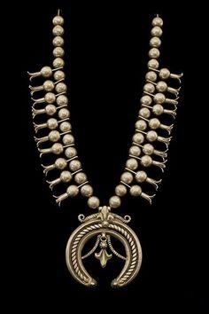 Squash Blossom Necklace, Navajo, first quarter of the 20th century |