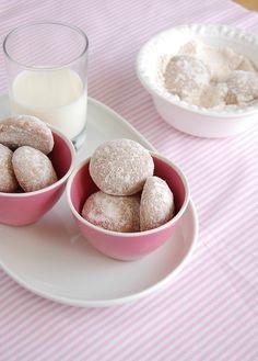 Biscoitos de açúcar mascavo e especiarias da Paty Scarpin. :)